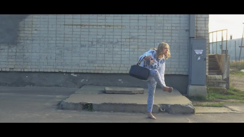 Красавица Ссылка над видео www.eurotranzit.xyz/track/alydyxi