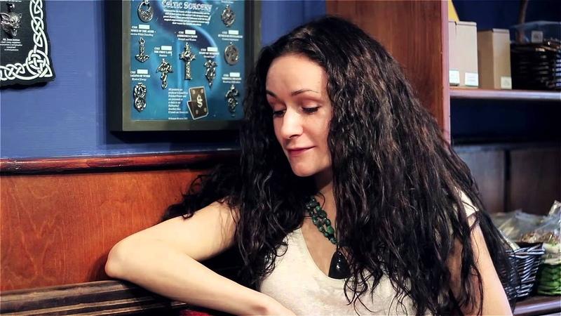 Интервью с хозяйкой магазина магии Ведьмино счастье Эрикой в Москве