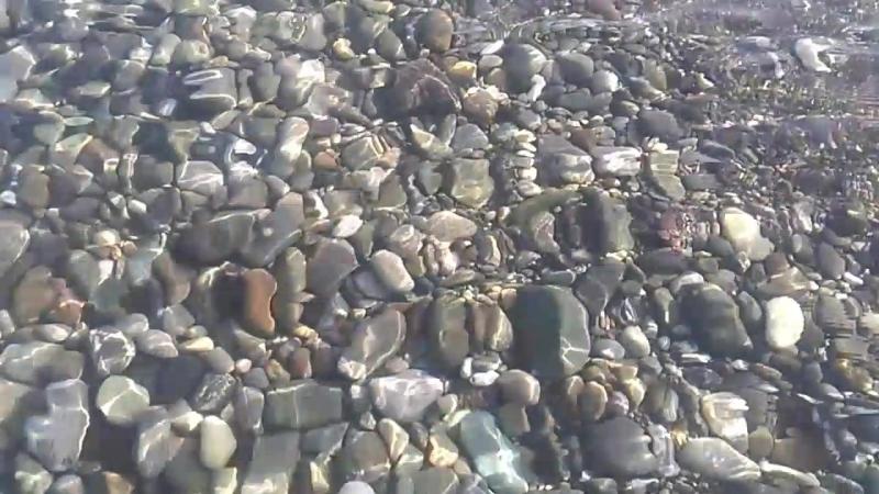 Утро на пляже Островок в центре Сочи