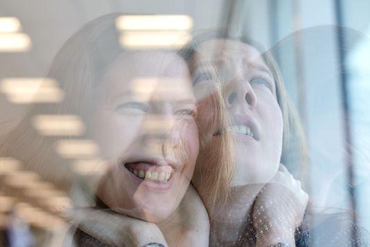 Человеку с биполярным расстройством могут потребоваться годы для правильной диагностики и лечения.