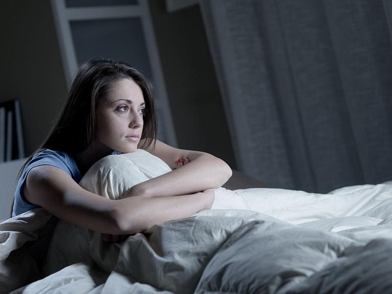 Бессонница может наблюдаться во время «высокого» периода биполярной мании.
