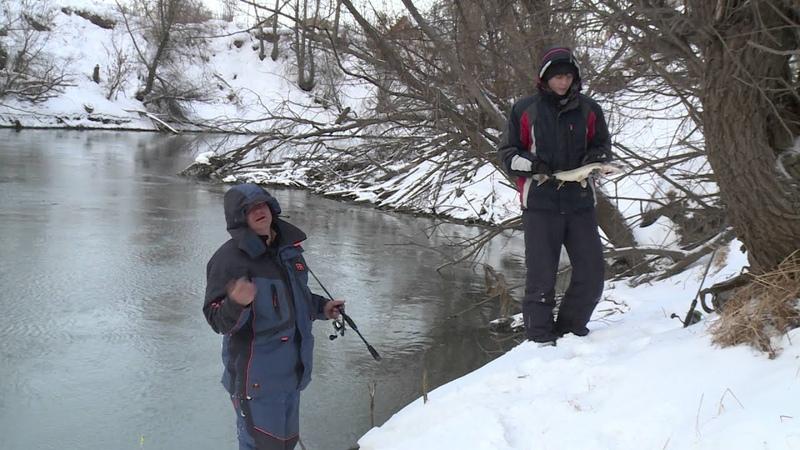 Рыбалка на спиннинг зимой. Ловля на воблер зимой.