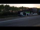 В Сети появилось первое видео с места крупной аварии с участием зерновоза и авто