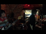 The Thunderbeats песня roadhouse blues (The Doors kaver)