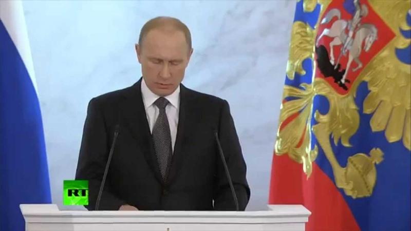 Vladimir Poutine: l'armée russe est courtoise mais redoutable