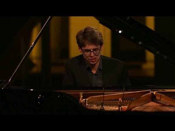 Lucas Debargue. Maurice Ravel Gaspard de la Nuit I Ondine