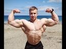 Vitaly Ugolnikov | 21 year old mass bodybuilder | flexing | workout