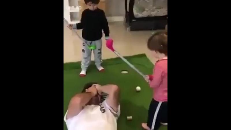 Когда вместо приставки подарили гольф