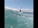 Кейт по волнам с парашютом
