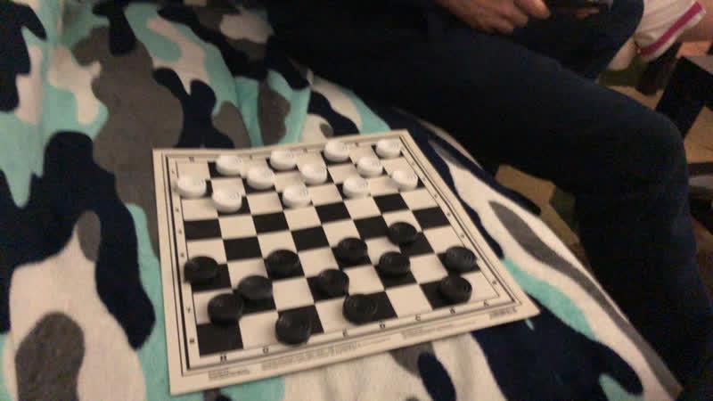 Гасан против профика в шашки