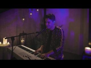 Кавер на пианино песни Bruno Mars ft. Cardi B - Finesse от Sam Tsui