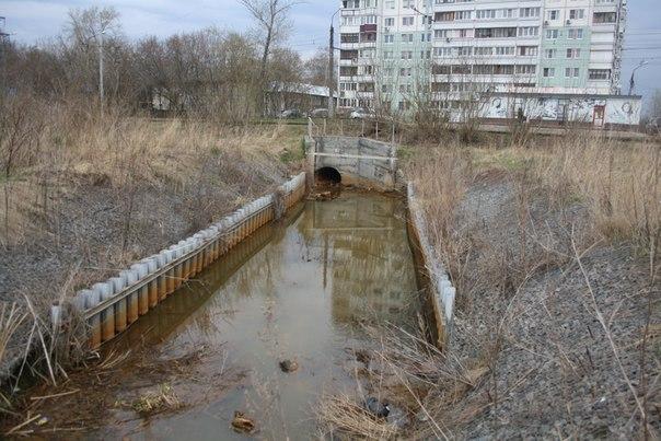 Рукотворное укрощение реки. Нужно, но сделано плохо. Стыдоба.  30 апреля 2018
