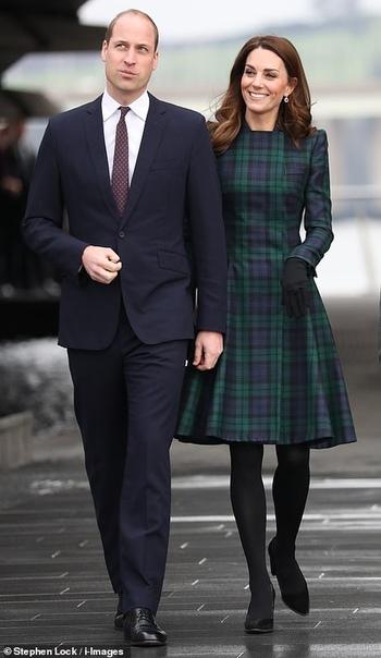 Кейт Миддлтон в своем любимом наряде на открытии филиала Музея Виктории и Альберта в Данди В четвертом по величине городе Шотландии Данди Кейт Миддлтон и принц Уильям, которые в этой стране