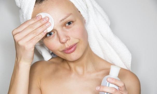 Как снять макияж: выбираем стратегию поведения