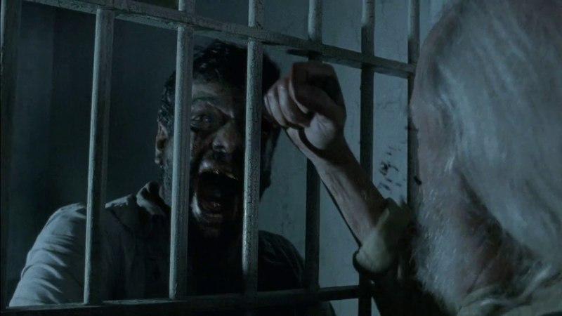 Хёршел убивает зомбированного Калеба