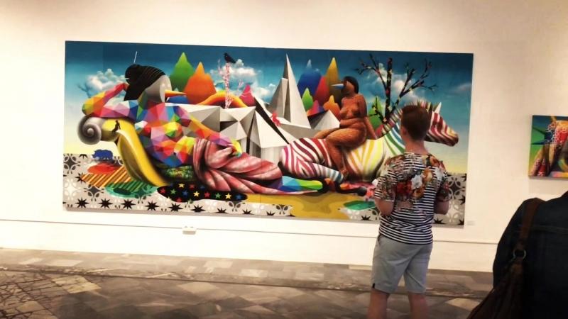 Выставка граффитиста и художника Окуда Сан Мигеля