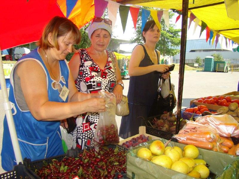 В Савеловском вновь открылась ярмарка выходного дня