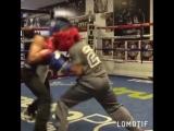 Тот момент в боксе, когда дети работают в ринге лучше взрослых
