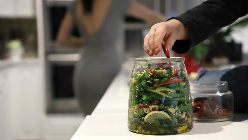 Լոբով Ընկույզով Թթու - Pickled Green Beans and Walnuts - Heghineh Cooking Show in Armenian