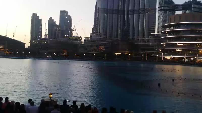 Дубай молл фонтаны