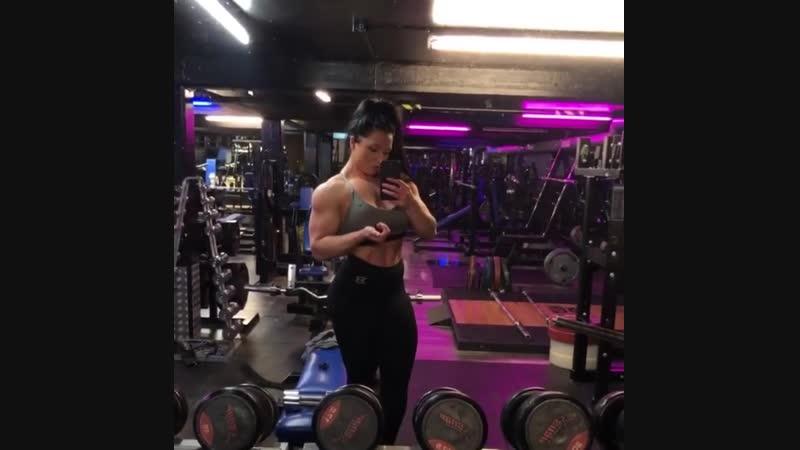Biceps)