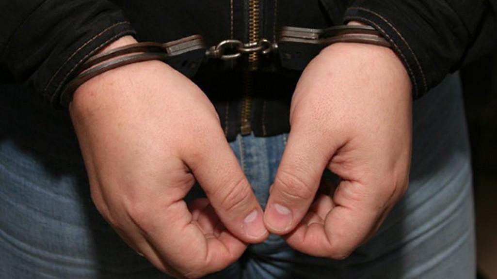 В Таганроге полицейские задержали 36-летнего мужчину за хранение наркотиков