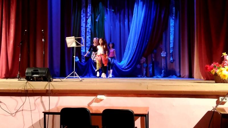 15 04 2018г пос Кингисеппский танец Бандари