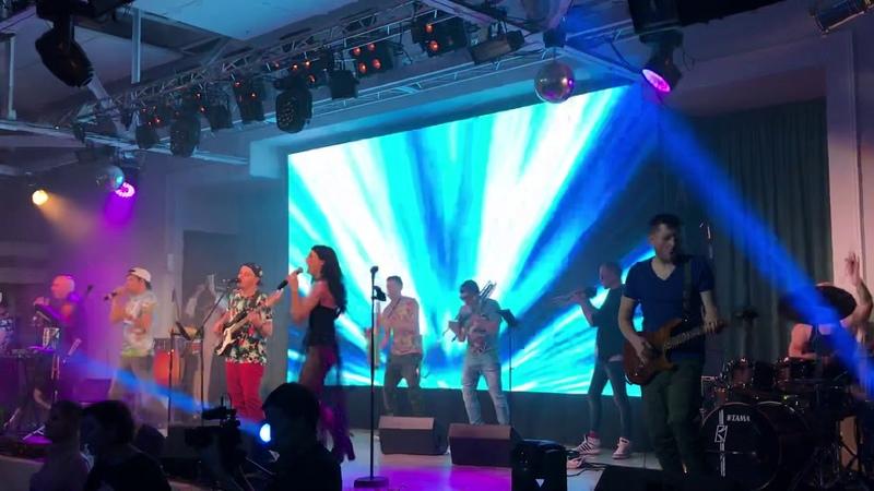 Шоу МАРГАРИН - Районы-Кварталы (live cover Звери)