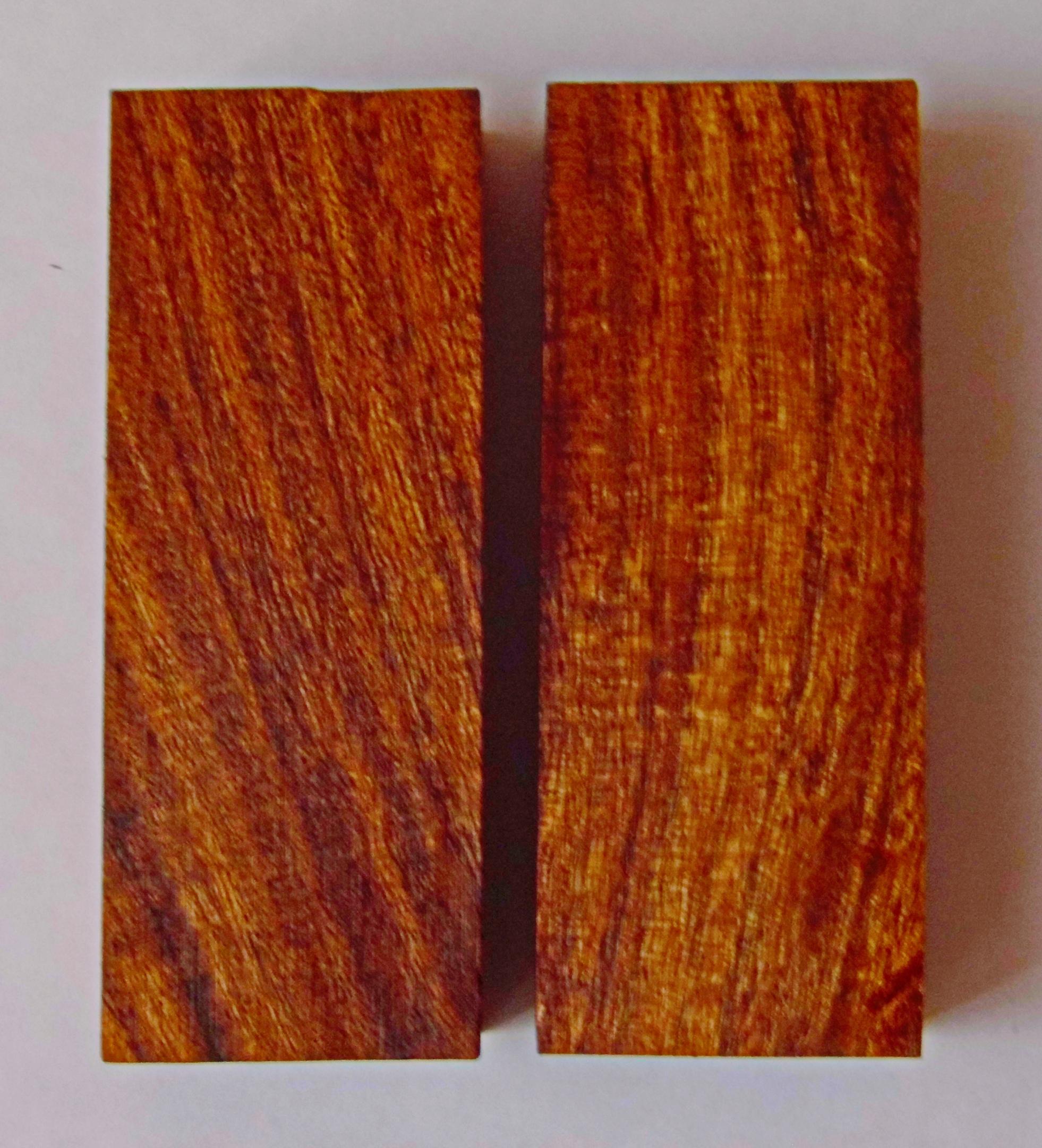В наличии есть Бруски для рукояти ножей Размеры 120 х 48 х 28 дерево Палисандр