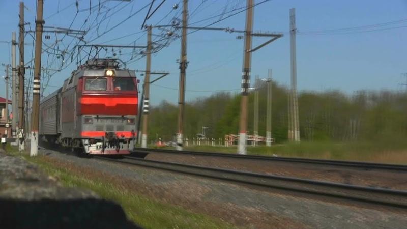 ЧС2т-1025 с поездом Микунь — Санкт-Петербург