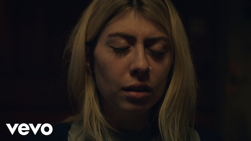 Charly Bliss - Chatroom [Official Music Video]