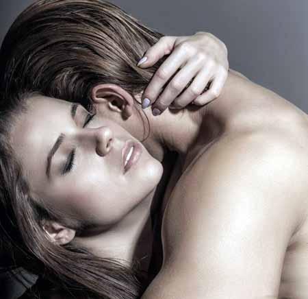 И ВПЧ, и герпес могут передаваться при различных типах полового контакта.