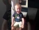 Мальчик взорвал интернет.The boy blew up the Internet