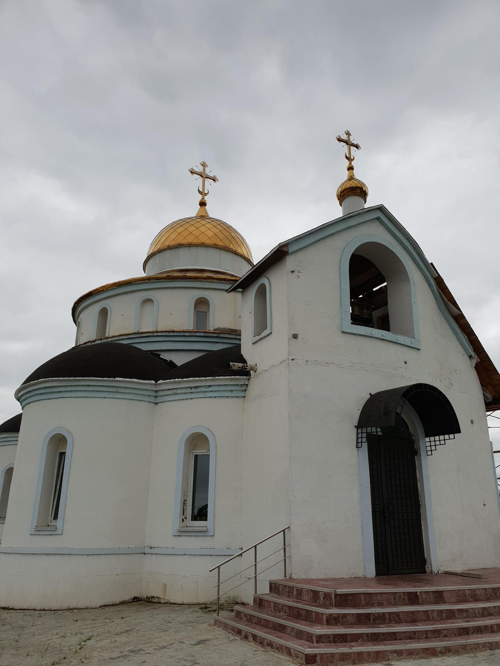 Архиепископ Биробиджанский и Кульдурский Ефрем в ходе рабочей поездки в Покровское благочиние посетил строящийся храм Покрова Пресвятой Богородицы в поселке Смидович.