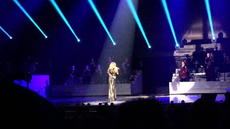 Celine Dion covers Adele's