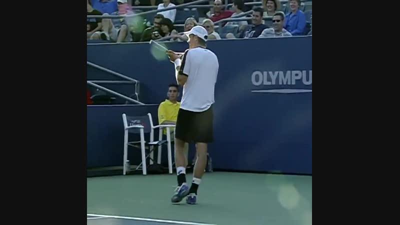 Яркко Ниеминен и арбитр (Betting good tennis)