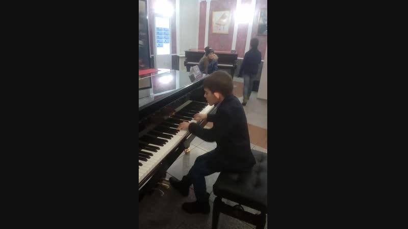 Андрей Филонов зажигает в салоне Steinway Piano Gallery SPb