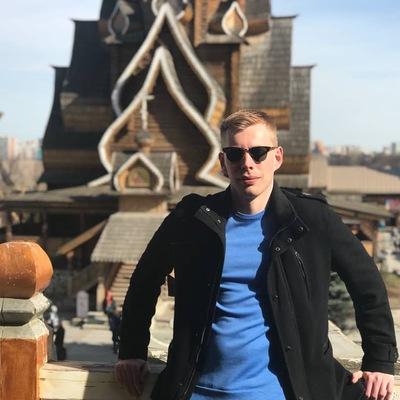 Антон Березов