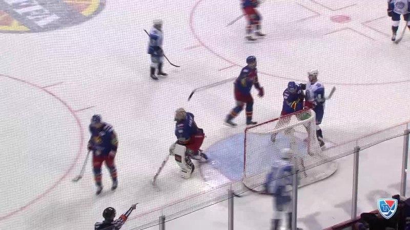 Моменты из матчей КХЛ сезона 14/15 • Гол. 7:1. Лингле Шарль (Динамо Мн) сокращает разрыв в счете 05.03