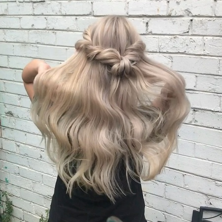"""Tutorial Page🎬 on Instagram: """"Crystal White hair by @glamhairartist123 inspired by @hairby_chrissy 💕💕💕 Song - Emre Bardan; Hypnotise. hudabeauty..."""