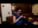 Саша смотрит греческий сериал про русалок