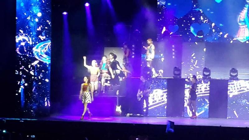 Violetta en vivo Paraguay- Alcancemos las estrellas