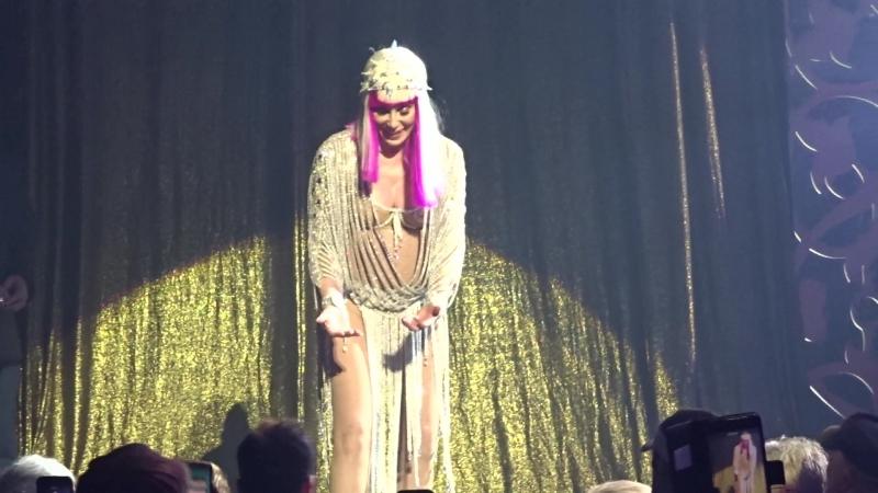 Шоу-концерт Cher Classic Cher в MGM-Park в Лас-Вегасе, май 2018, 14