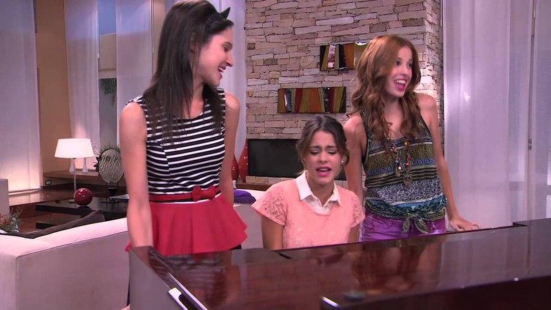 Las chicas cantan ¨Código Amistad¨ | Momento Musical | Violetta