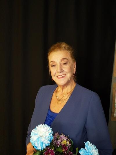 Нина Харламова