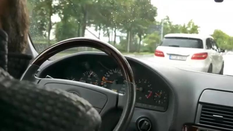 Mercedes-Benz W140 S600L V12