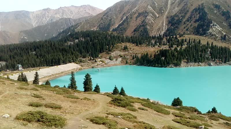 Алма Атинское озеро большое