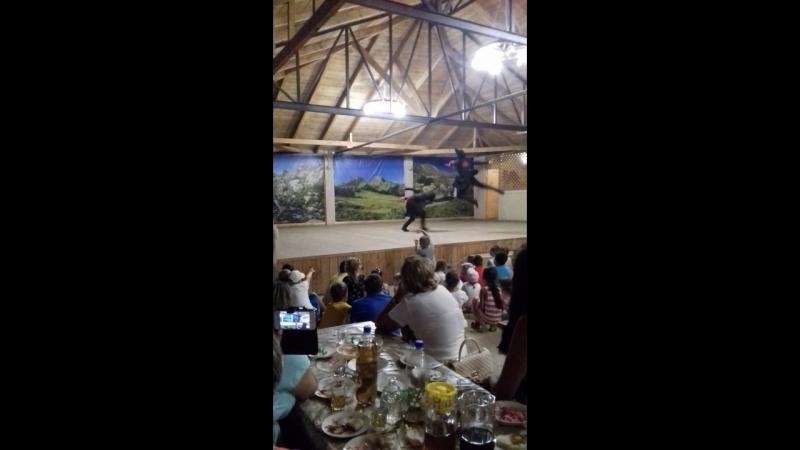 Абхазский танец с саблями с Дурипш 3 08 2018
