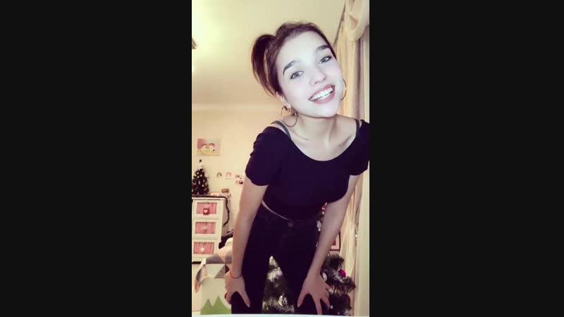 Няшная Школьница танцует. Tik tok танцульки, periscope. school, teen, tiny, skinny, baby , porn, all sex, sister, webcam