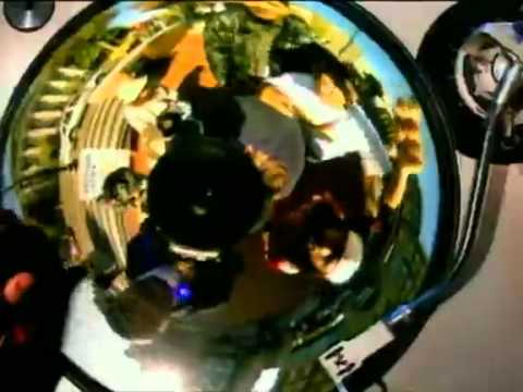 Jurassic 5 - WOE is me / World of Entertainment